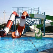 Водные горки и аттракционы для аквапарков фото