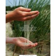 Песок для обустройства гольф полей, спортивных, детских площадок фото