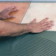 Плиточный клей цементный фото