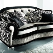 Ремонт и перетяжка диванов фото