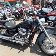 Мотоцикл чоппер No. B4587 Honda Shadow 750