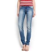 Облегающие джинсы фото