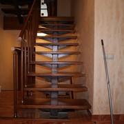 Лестницы Мы специализируемся на проектировании, изготовлении и монтаже лестниц любой сложности из дерева, металла в различных сочетаниях фото