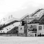 Трамплины и искусственные склоны для проведения соревнований на открытых площадках в дисциплинах сноуборд, фристайл, слалом, могул фото