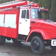 Автоцистерна пожарная АЦ-40(433371) модель 63Б.01 предназначена для доставки к месту пожара боевого расчета, средств пожаротушения и служит для тушения пожаров водой и воздушно - механической пеной. фото