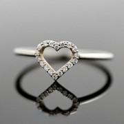 Серебряное кольцо с открытым сердцем от WickerRing фото