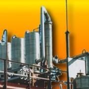 Нефтеперерабатывающий завод (установка переработки нефтепродуктов) фото