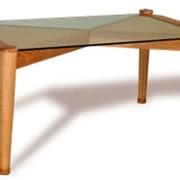 Стол с деревянной столешницей фото
