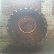 "Шина с диском на трактор ""К-701"". фото"
