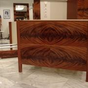 Эксклюзивная деревянная мебель из махагона фото