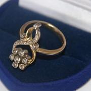 Золотое кольцо 750 пробы с бриллиантами 4,7 грамма фото