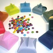 Прозрачная, цветная жёсткая плёнка для производства коробок, сумочек, вклеек-окошек фото
