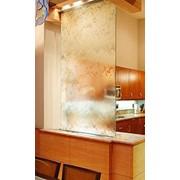 Водопад по стеклу и камню фото