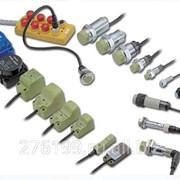 Бесконтактный датчик (концевый выключатель) Autonics фото
