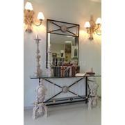 Зеркало и консоль из мраморной крошки. фото