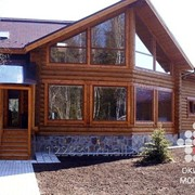 Дом загородный с рубленного бревна фото