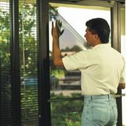 Бронирование стекол, установка защитной, антивандальной пленки на окна фото