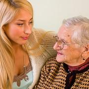 Уход за престарелыми людьми фото