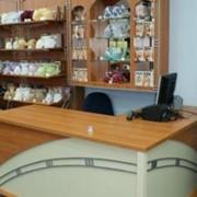Торговое оборудование для продажи одежды и белья фото