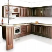 Коричневый кухонный гарнитур фото