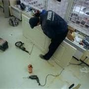 Плотницкие работы, ремонт дверей фото