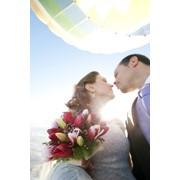 Свадебный полет на воздушном шаре фото