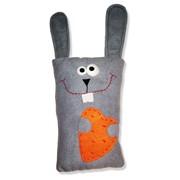 Подушка-игрушка, кролик с морковкой фото