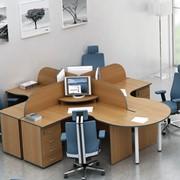 Столы письменные для персонала фото