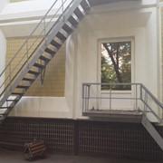 Испытание маршевых и вертикальных пожарных лестниц и ограждения кровли. фото