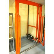 Оборудование, подъёмники для складских помещений фото
