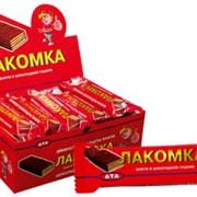 Вафли в шоколадной глазури Лакомка фото