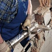 Демонтаж бетонных стен фото