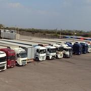 Услуги стоянки для грузовых автомобилей фото
