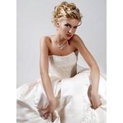 Выполнение свадебной и вечерней причёски фото