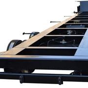 Автомобильный низкорамный полуприцеп (контейнеровоз) фото