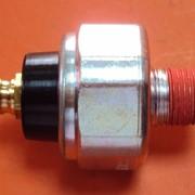 Датчик давления масла Sankei DOP119A фото