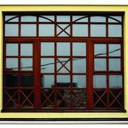 Производим окна из качественного трехслойного клееного бруса фото
