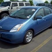 Автомобиль Toyota Prius фото