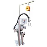 Полуавтоматическая установка для термоусаживания контрольной пленки на вентиль (клапан) газового баллона фото