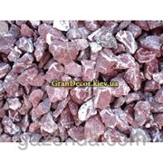 Декоративная крошка мраморная • винно-красная 8-12 мм фото