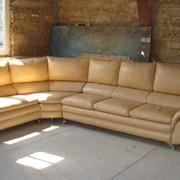 Перетяжка диванов. Ремонт, перетяжка, изменение дизайна кожаной мебели. Крым. фото