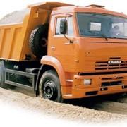 Услуги строительной техники: автокрана, экскаваторов-погрузчиков, самосвала, грузового автомобиля КАМАЗ 53215 с краном-манипулятором фото