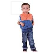 Жилет для мальчика оранжево-голубой фото