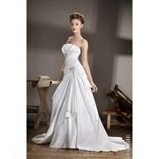Прокат свадебных, вечерних платьев фото