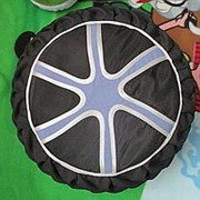 Декоративная подушка - автоколесо фото