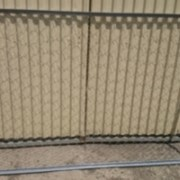Заборные секции из сетки Рабица. фото