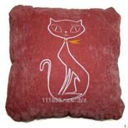 Подушка с кошкой фото
