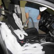 Пенная химчистка салонов автомобилей фото