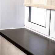 Подоконник Strotex можно устанавливать в любых жилых помещениях: от кухни до детской комнаты, поскольку он прочный, надежный и прост в уходе. фото