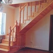Лестницы деревянные .Изготовим лестницы из массива листвиницы из ламила бука,дубы,ореха и фанеры березовой фото